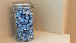 Hershey Jar Thumb